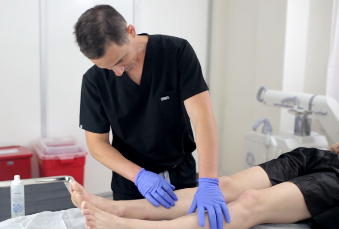 Dr. Sareh Rajaee and Dr. Todd Kobrinski are widely considered the best varicose vein doctors in New Jersey. This article introduces you to the best vein specialists in NJ.